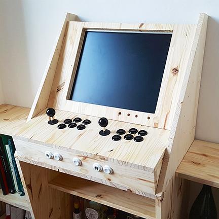 Retrogaming Arcade Cabinet